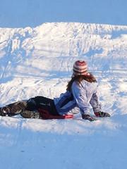 San Genesaio (Nevica) Tags: italy white snow children ih sledging sangenesaio