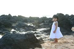 on the rocky shore (Philip Q) Tags: beach hawaii maui naomi makena yomi makenacove endofwaileaalanuiroad