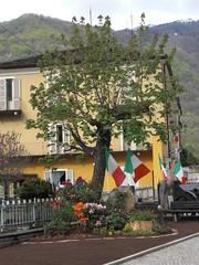 25 Aprile a Locana (Ele G.) Tags: piazza 25aprile locana