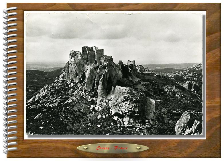 LES BAUX vue générale et le château