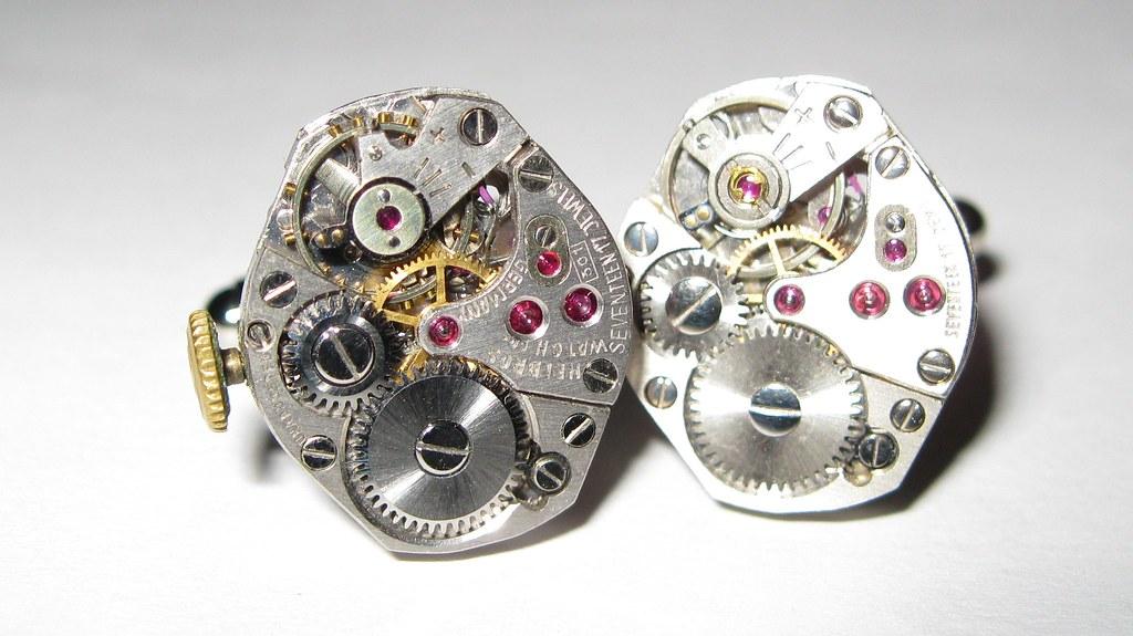 17 Jeweled Watch Movement Steampunk Cufflinks