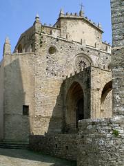 Cattedrale di Erice (Nero Tulip) Tags: italy italia chiesa pietre sicily sicilia erice merli romanico trapani cattedrale rosone bellitalia