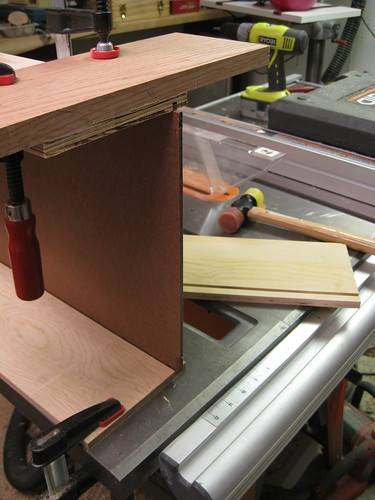 1/2 inch narrower drawer, with side removed