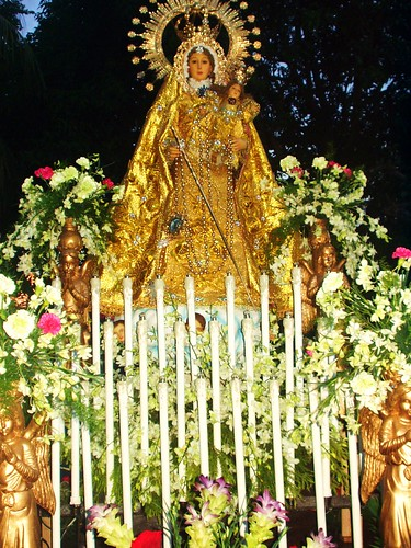 Our Lady of the Rosary, Oro Vista Flores de Mayo 09