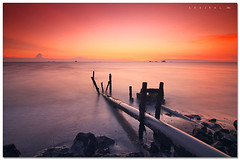 Long way journey (SHAZRAL) Tags: sunset sea seascape beach canon eos laut wide malaysia pantai selangor uwa remis tokina1224mmf4 450d azralfikri shazral