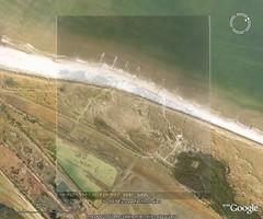 Google-Earth 2008 en RAF luchtfoto  augustus 1944 (Dirk Bruin) Tags: vlieland google earth bunker wurzburg radar raf luchtfoto fumo posthuis luftwaffe bunkers 13h kriegsmarine polders stelling heimo stutzpunkt meeuwenduinen staatbosbeheer kroonspolders