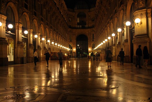 galleria by night