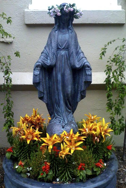 145/365: Ave Maria