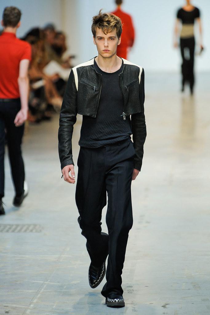 SS12 Milan Costume National Homme025_Lennart Richter(VOGUEcom)