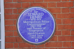 Photo of Edward Richard Henry blue plaque