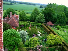 A View from the Tower at Sissinghurst (UGArdener) Tags: roses england tower english sissinghurst kent unitedkingdom britain harold nationaltrust hedges englishgardens vitasackvillewest yews nicolson climbingroses whitegarden viewfromthetower gardenrooms englishtravel