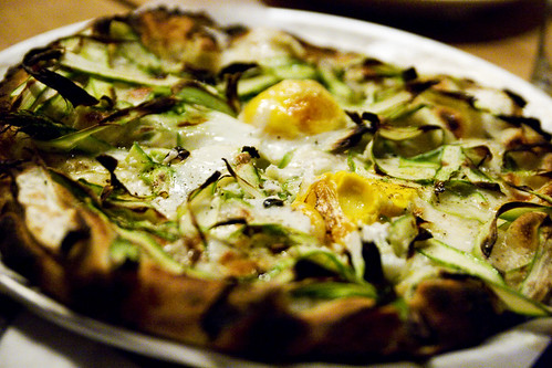 special pie: asparagus and egg