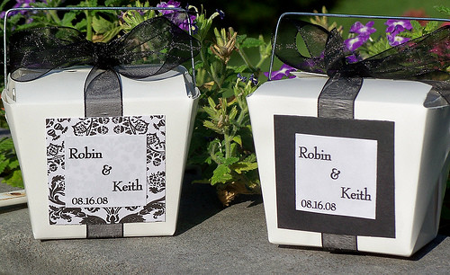 Black & White Chinese Favor Boxes por shopangelica.