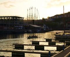 Bristol riverside at dusk (Tony Worrall Foto) Tags: uk sunset england southwest river bristol golden harbor harbour britain dusk south scenic sunlit masts avon ssgreatbritain rowers riveravon rowingboat
