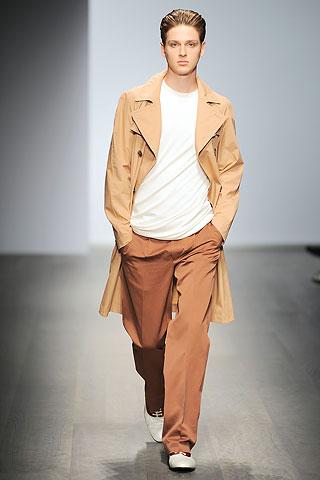 Lucas Mascarini335_SS10_Milan_Salvatore Ferragamo(Men Style)
