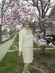 Happy Mothers Day From Laurette (Laurette Victoria) Tags: wisconsin outside outdoors suit milwaukee magnolia laurette laurettevictoria