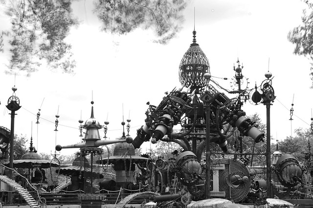 Forevertron (DS3_9412_2)