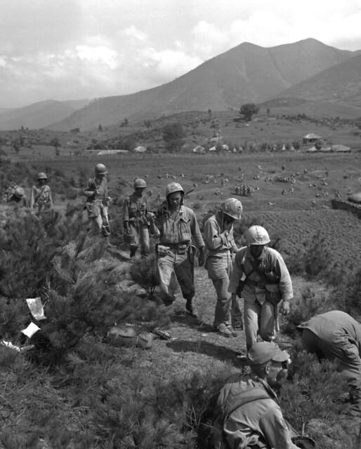 Korean War - 127-GK-234A-A2296 Easy Company Marines by US Army Korea - IMCOM