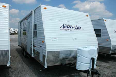 2009 AmeriLite 24BH Travel Trailer by Gulf Stream RVWholesalers 01