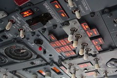 738 (loewenhaupt) Tags: glass panel aviation cockpit 737 737800 738