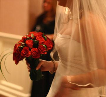 fresh-floral-bridal-bouquet