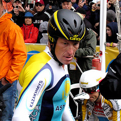 Lance Armstrong in time trail getup