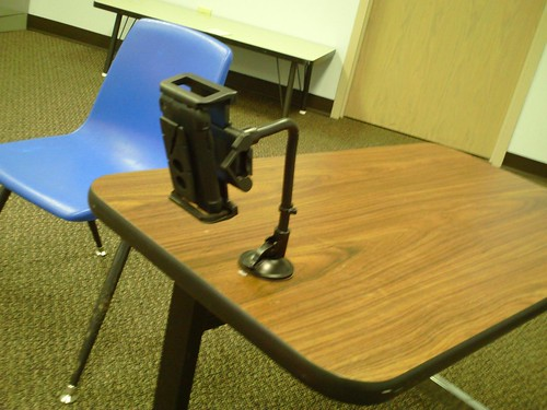 Mobile tripod rig for iPhone video recording
