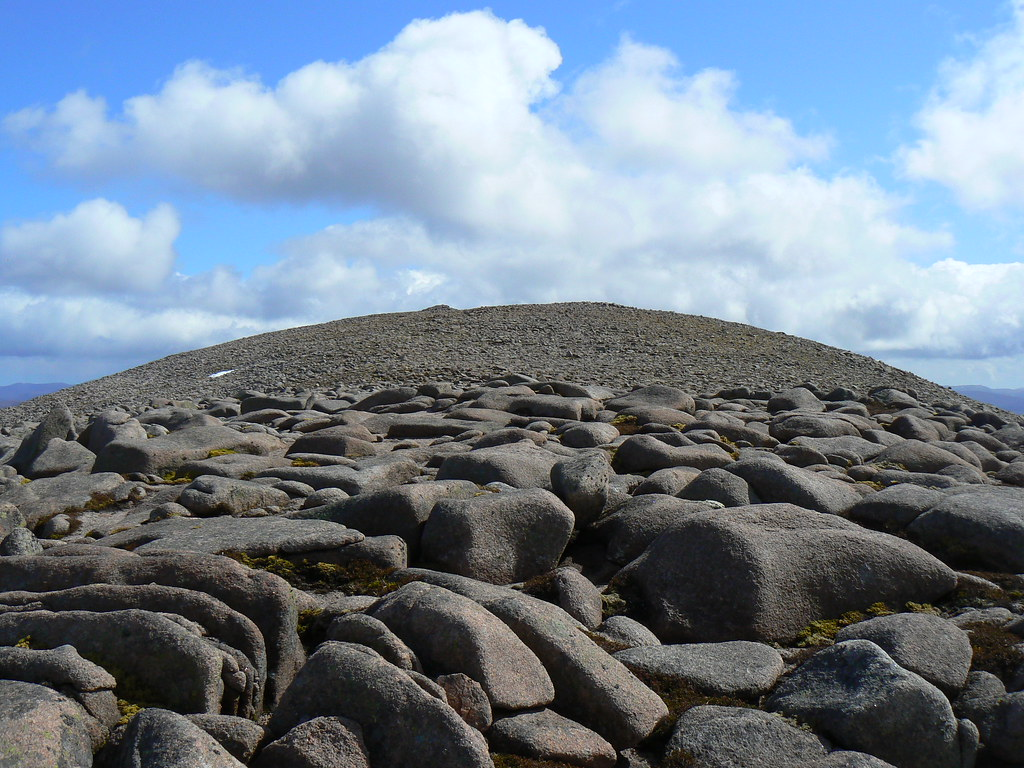 Boulders on Derry Cairngorm
