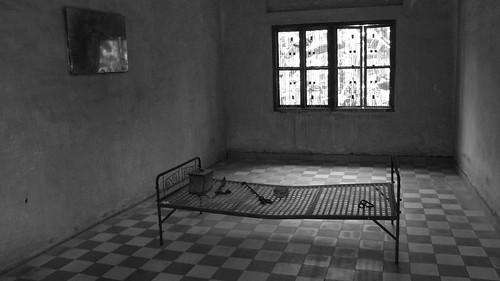 024.行刑的鐵床訴說著當年的殘酷