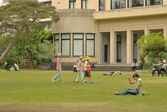 _3 (nakimusi) Tags: green garden tokyo spring child may  gw meguro shirokanedai   goldenweek      nikond60     tokyometropolitanteienartmuseum