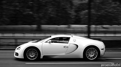 Bugatti Veyron 16.4 (Jeroenolthof.nl) Tags: uk red england bw white black color london beautiful modern silver volkswagen photography grey lights is amazing nice movement jeroen nikon photographer view shot britain united rear great d70s kingdom s automotive 45 east emirates explore arab londres gb if paparazzi rrr lovely middle nikkor abu dhabi panning bugatti zwart wit londra v1 exclusive vr engeland londen veyron zw f35 emirati automotion molsheim 1685 olthof wwwjeroenolthofnl jeroenolthofnl jeroenolthof