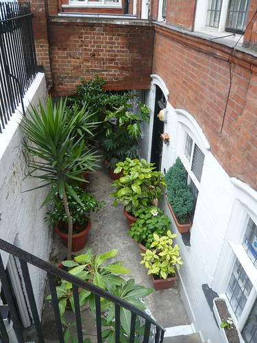 Cadogan Square London SW1 - former Housekeeper Patio Garden