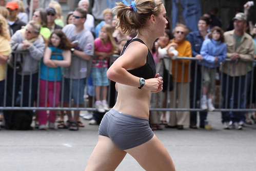Photo- Good Running Form (chimpmitten@flickr)