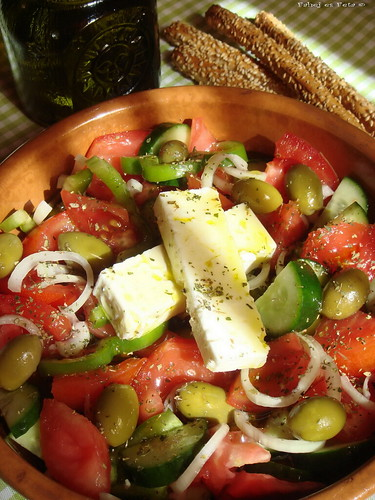 horiatiki-greek salad