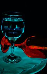 دراما الزجاج