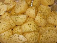 Muslos especiados-patatas