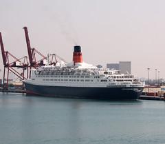 UAE - Dubai 2008 (Chris&Steve) Tags: dubai uae queenelizabeth2 qe2 cruise vessel liner cunard cruiseterminal portrashid marine nautical 2008 ship maritime unitedarabemirates cruising 10millionphotos cruiseship port v200i shipping