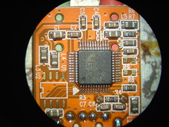 Microscope images of the SYBA USB-Audio Adapter