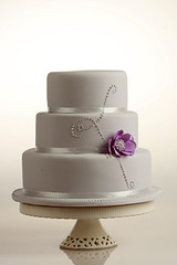 Lilac Cake (cakestyleTV) Tags: wedding flower cake modern silver purple lavender sparkle lilac bling tier