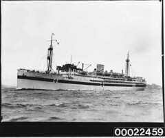 Hospital ship MANUNDA in Sydney Harbour, 17 August 1940 (Australian National Maritime Museum on The Commons) Tags: ship wwii worldwarii pto ran secondworldwar worldwartwo oceanliner pacifictheatre hospitalship royalaustraliannavy pacifictheater australiannationalmaritimemuseum cargoliner manunda pacifictheaterofoperations adelaidesteamshipcompany pacifictheatreofoperations thehoodcollection williambeardmoreco tsmvmanunda hmasmanunda