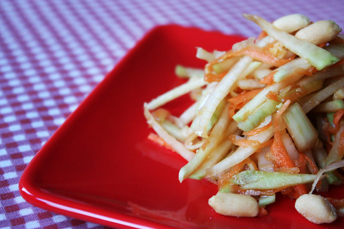 Kohl Rabi and Shredded Carrot Salad