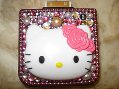 ★Deco Hello Kitty Portable Iphone charger★ (Pinky Anela) Tags: pink hk cute japanese tokyo girly hellokitty cell craft decora deco charger iphone