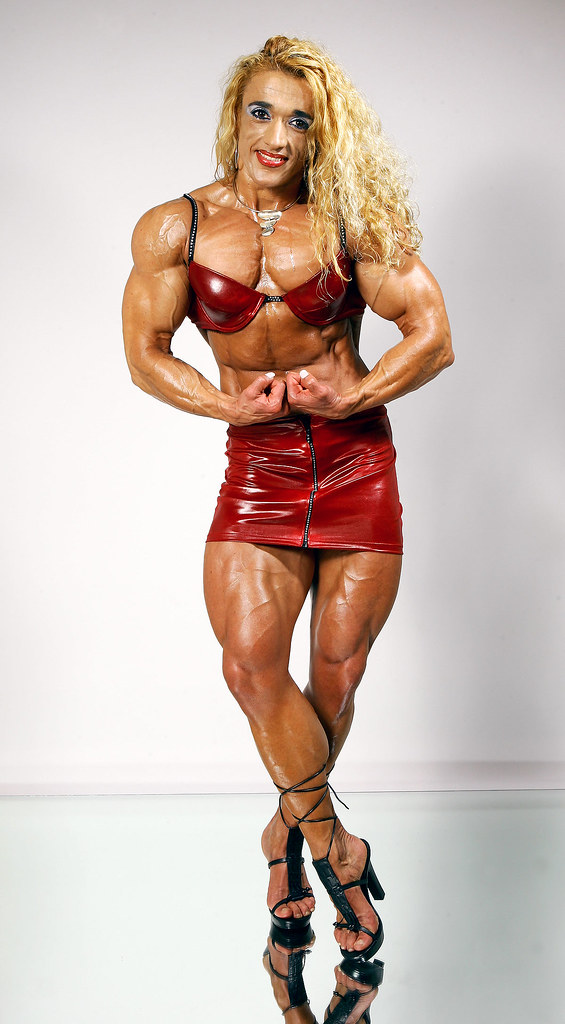 9- Extreme Bodybuilding - Eulália Santos