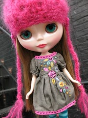 Christina in her gorgeous Manna energy dress by Heidi (ava111sk/Dollypimp) Tags: hat japan toy drive md energy doll dress baltimore polly blythe neo dolly takara meet canton playdate manna denizensofthelake christinathebride heidior