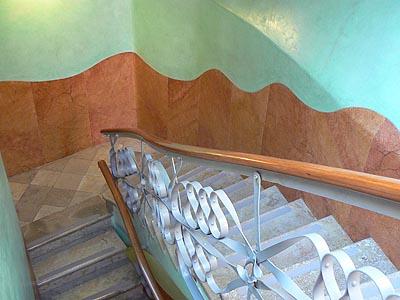 escaliers de la pedrera.jpg