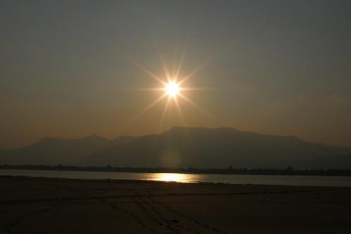 161.Don Daeng島上湄公河的日落 (9)