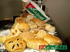 Panadero bakeshop (on2boy) Tags: bread panadero evolt e500 cebusugbo on2boy om50mmf18 eliseezpeleta