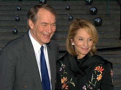 Charlie Rose and Amanda Burden Shankbone 2010 (david_shankbone) Tags: photographie parties creativecommons celebrities fotografia bild redcarpet צילום vanityfair 写真 사진 عکاسی 摄影 fotoğraf تصوير 创作共用 фотография 影相 ფოტოგრაფია φωτογραφία छायाचित्र fényképezés 사진술 nhiếpảnh фотографи простыелюди 共享創意 фотографія bydavidshankbone আলোকচিত্র クリエイティブ・コモンズ фатаграфія 2010tribecafilmfestival криейтивкомънс مشاعمبدع некамэрцыйнаяарганізацыя tvůrčíspolečenství пултарулăхпĕрлĕхĕсем kreativfælled schöpferischesgemeingut κοινωφελέσίδρυμα کرییتیوکامانز‌ kreatívközjavak შემოქმედებითი 크리에이티브커먼즈 ക്രിയേറ്റീവ്കോമൺസ് творческийавторский ครีเอทีฟคอมมอนส์ கிரியேட்டிவ்காமன்ஸ் кријејтивкомонс фотографічнийтвір فوتوجرافيا puortėgrapėjė 拍相 פאטאגראפיע انځورګري ஒளிப்படவியல்