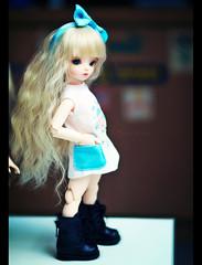 adorable little Lyric (TURBOW) Tags: sf blue asian doll may fairy tiny bjd bf lyric bluefairy balljointeddoll yosd rosenliedwig littleameliebypoppyw shinyfairy