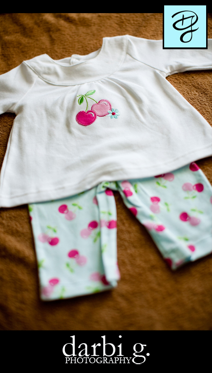 006Baby photographer-Darbi G-baby clothes